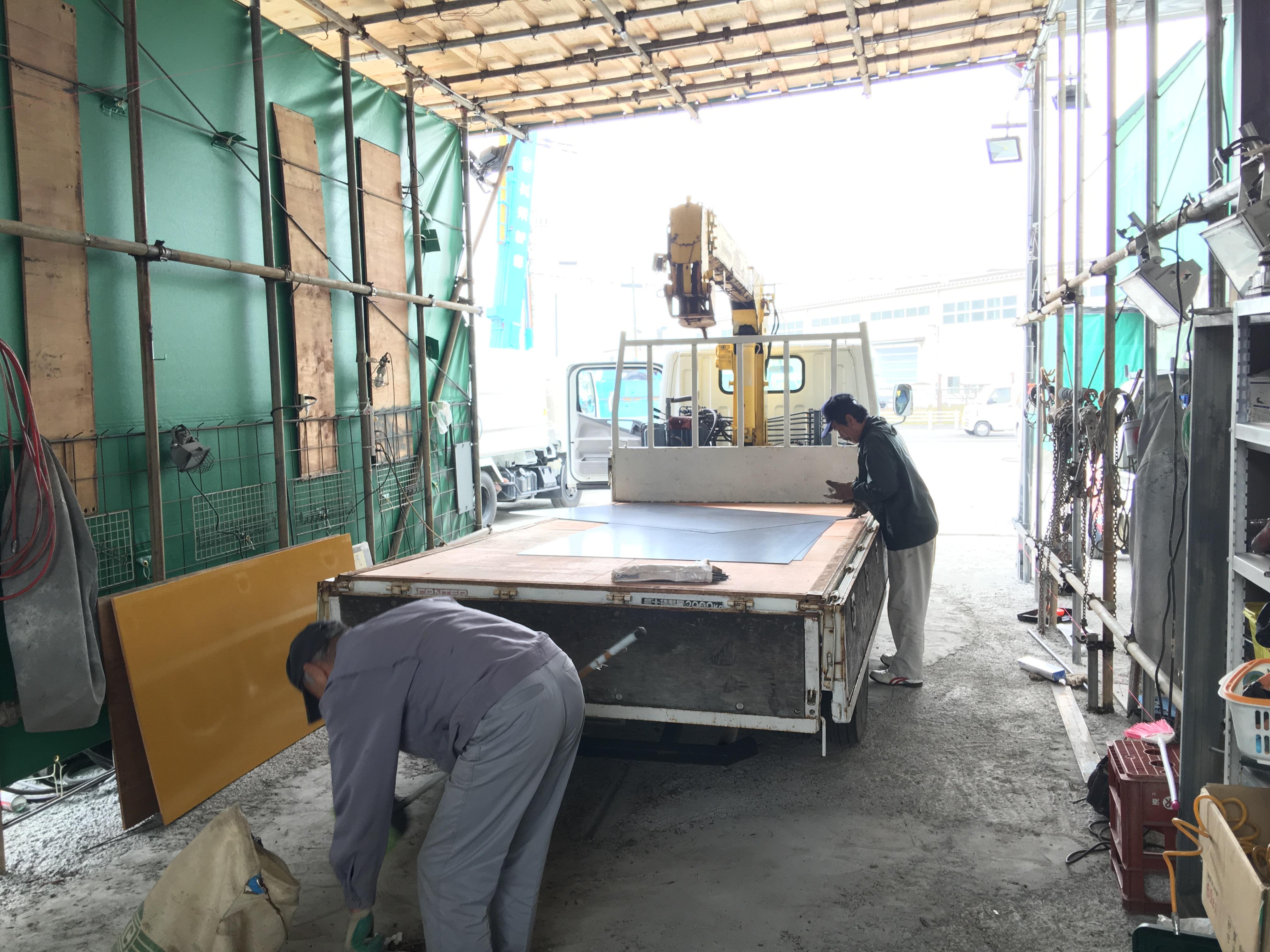 トラックの荷台 床鉄板2 TRUCK123