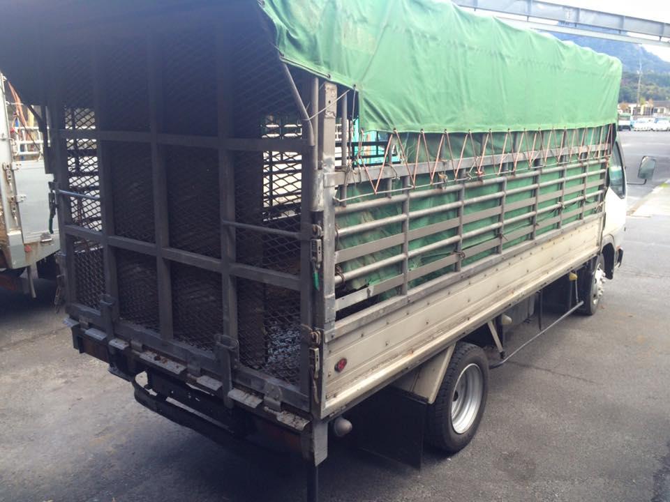 家畜運搬車の写真2