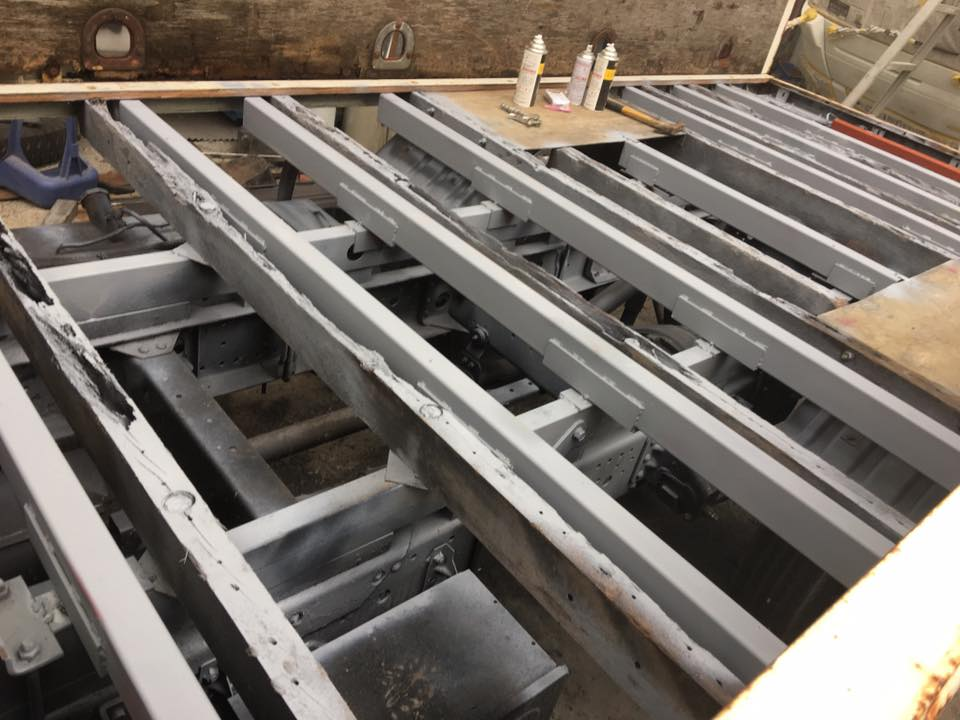 横ネタ・床の修理と床鉄板の架装 平ボディトラック6