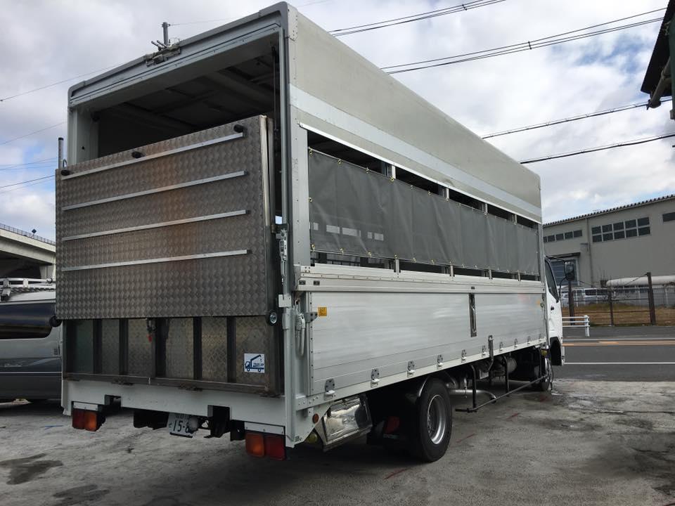 家畜運搬車の製造の流れ(床:アルミ・スロープ:ステンレス)23